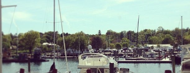 Greenwich, CT is one of Road Trip.