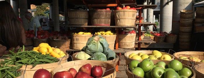 Nashville Farmers Market is one of A Weekend Away in Nashville.