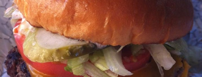 6 Local Burger Chains that Get it Right