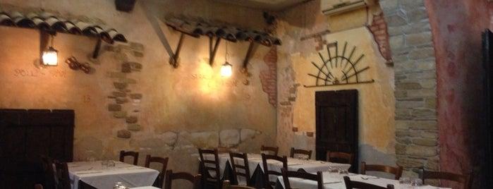 A Casa Mia is one of ristoranti Roma.