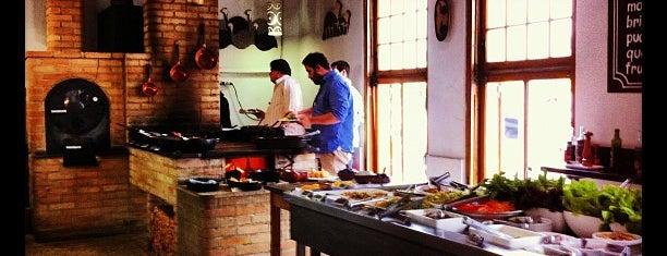 Sinhá Restaurante is one of Incríveis restaurantes até 70 reais.
