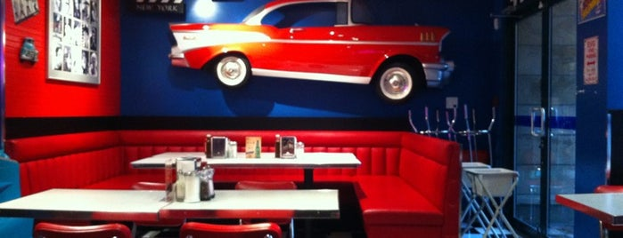 Sunshine Diner is one of Vancouver Brunches.