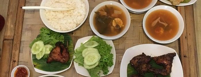 Ayam Geprek Istimewa is one of Restaurant/Foodcourt.