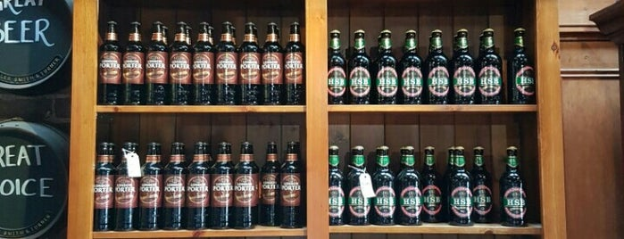 Fuller's Brewery Shop is one of London Pint.