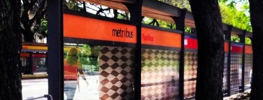 Metrobus - Estación Pacífico is one of En la Ciudad.