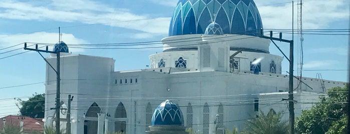 มัสยิดตะอาวุน บางปู is one of มัสยิด, บาลาเซาะฮฺ, สถานที่ละหมาด.