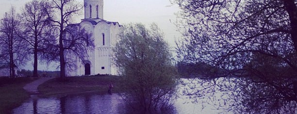 Церковь Покрова на Нерли is one of UNESCO World Heritage Sites.