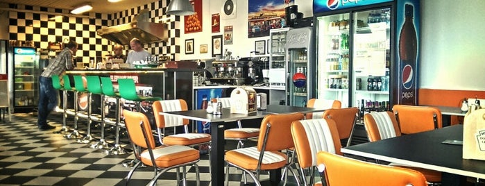 Elephant Diner is one of Want to Try.