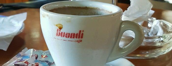 Café Floresta is one of favoritos.