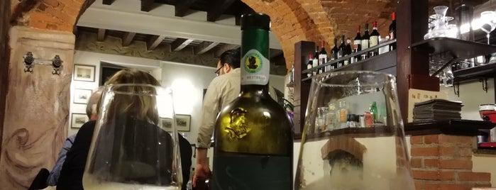 Taverna del Gallo is one of Bergamo.