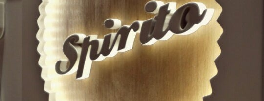 Spirito Cupcakes & Coffee is one of Sítios a ir.