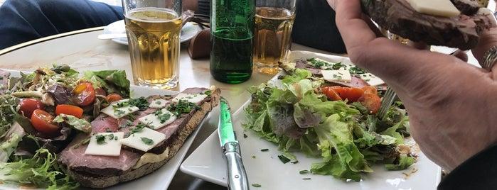 Le Bar du Caveau is one of Paris.