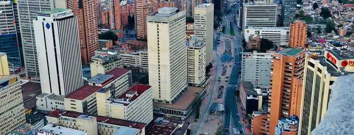 Torre Colpatria is one of Coolplaces bogotá.