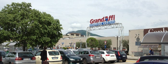 Grand'Affi Shopping Center is one of 4G Retail.