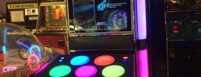 Confetti Arcade is one of Arcades.