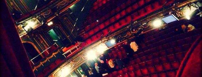 Aldwych Theatre is one of Londres.