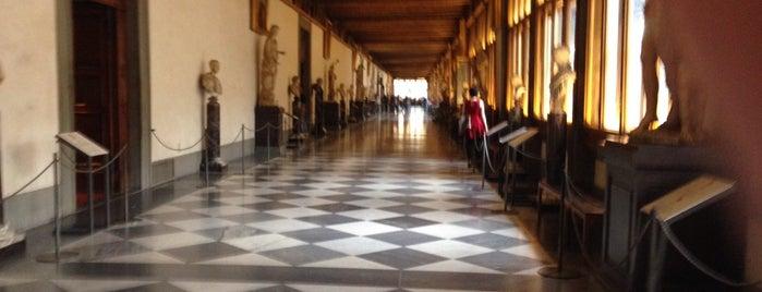 Galleria degli Uffizi is one of Italien.