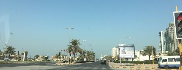 الاشاره المقابله لسوق السمك is one of Ahmed ahw.