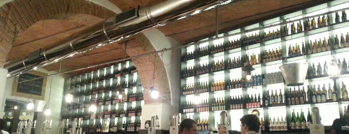 Roma Beer Company - Ponte Milvio is one of Food To-Do a Roma.