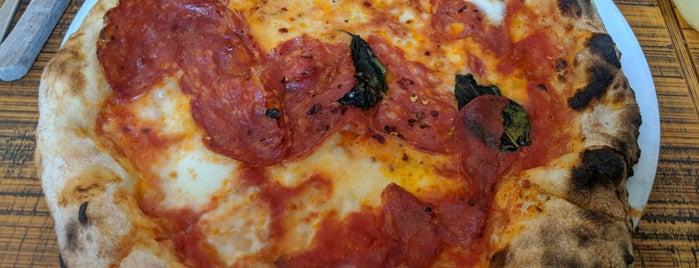 Pizzeria Via Mercanti is one of Bucket.