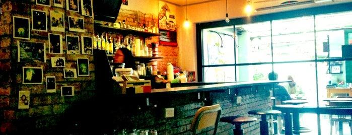 Café Macho is one of Cafe.