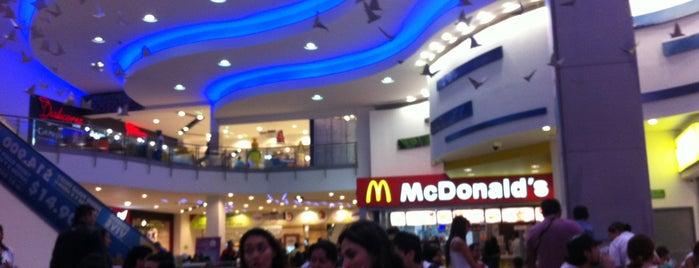 Los Molinos Centro Comercial is one of Sitios Favoritos.