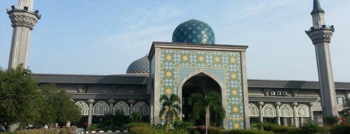 Masjid KLIA (Sultan Abdul Samad Mosque) is one of Baitullah : Masjid & Surau.