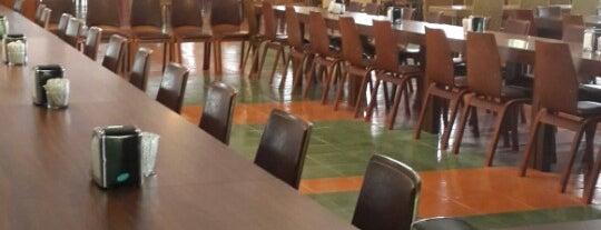Akkonak Restaurant & Cafe is one of Konya'da Café ve Yemek Keyfi.
