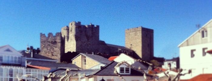 Castelo de Castro Caldelas is one of Best of Ourense ❤.