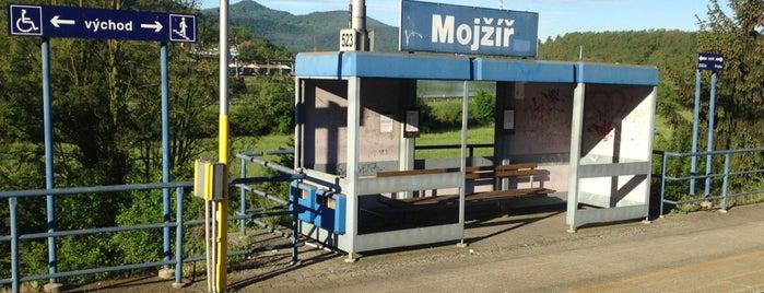Železniční zastávka Mojžíř is one of Železniční stanice ČR: M (7/14).