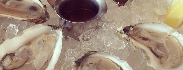 Luke's Oyster Bar & Chop House is one of Micheenli Guide: Uncommon cuisines in Singapore.