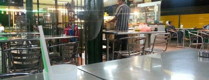 Restoran Ahmediah Pokok Ceri is one of Best food porn in Alor Setar.
