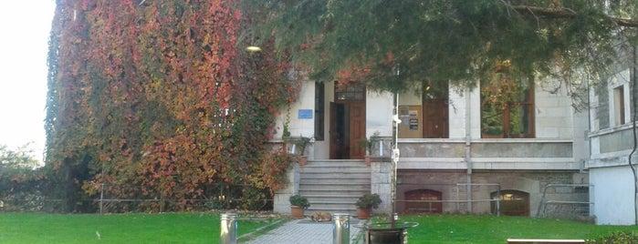 Fen-Edebiyat Fakültesi Binası (Anderson Hall) is one of Bogazici University.