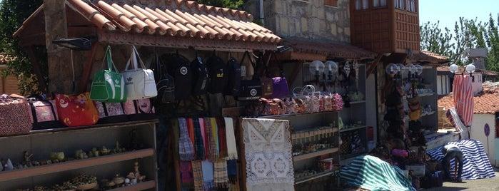 Side Çarşı is one of Antalya-Mavangat-Alanya Gezilerim.
