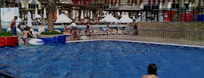 Crystal Sunset Luxury Resort & Spa Irısh Pub is one of antalya~ alanya~ side~belek.