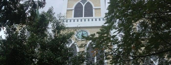 Nhà Thờ Đồng Tiến is one of du lịch - lịch sử.