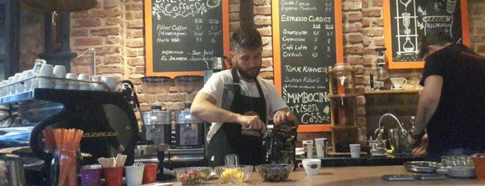 Mambocino Artisan Coffee is one of IstanbuLove.