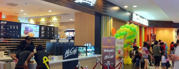 McDonald's & McCafé is one of Top picks for Fast Food Restaurants.