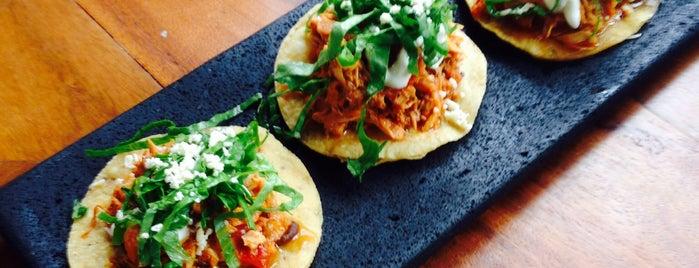 Cantina Y Punto is one of Restaurantes Mexicanos!!!.