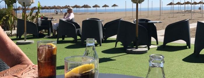 Tropicana Beach Club is one of Chiringuitos de La Carihuela.