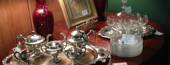 The Daphne Antique Galleria is one of Saturday Antiquing.