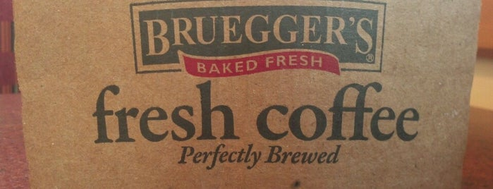 Bruegger's Bagel Bakery is one of Fav Spots.