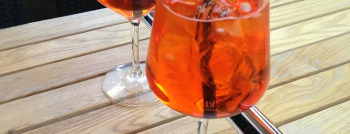 Mood Lounge Bar is one of Colazione vegan a Milano e dintorni.