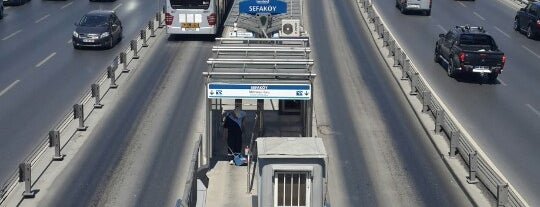 Sefaköy Metrobüs Durağı is one of Metrobüs Durakları.