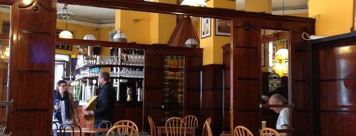 Bar Magenta is one of mangiato e bevuto bene.