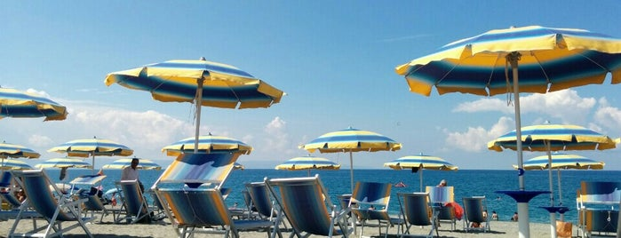 La Marinella beach is one of Discover Calabria - visit Lamezia Terme area.