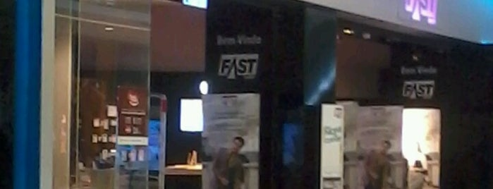 Fast Shop is one of Icaro 1566.