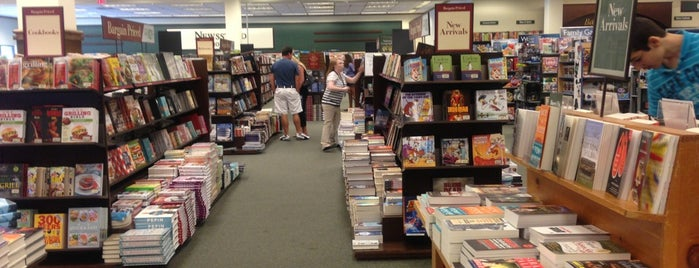 Barnes & Noble is one of Everyday Place.