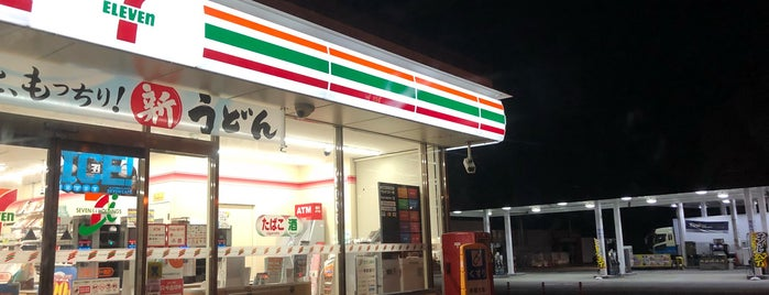 7-Eleven is one of 近畿.