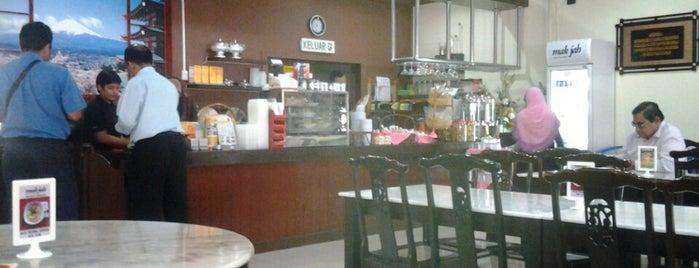 Mak Jah Cafe is one of Makan @ Melaka/N9/Johor #15.